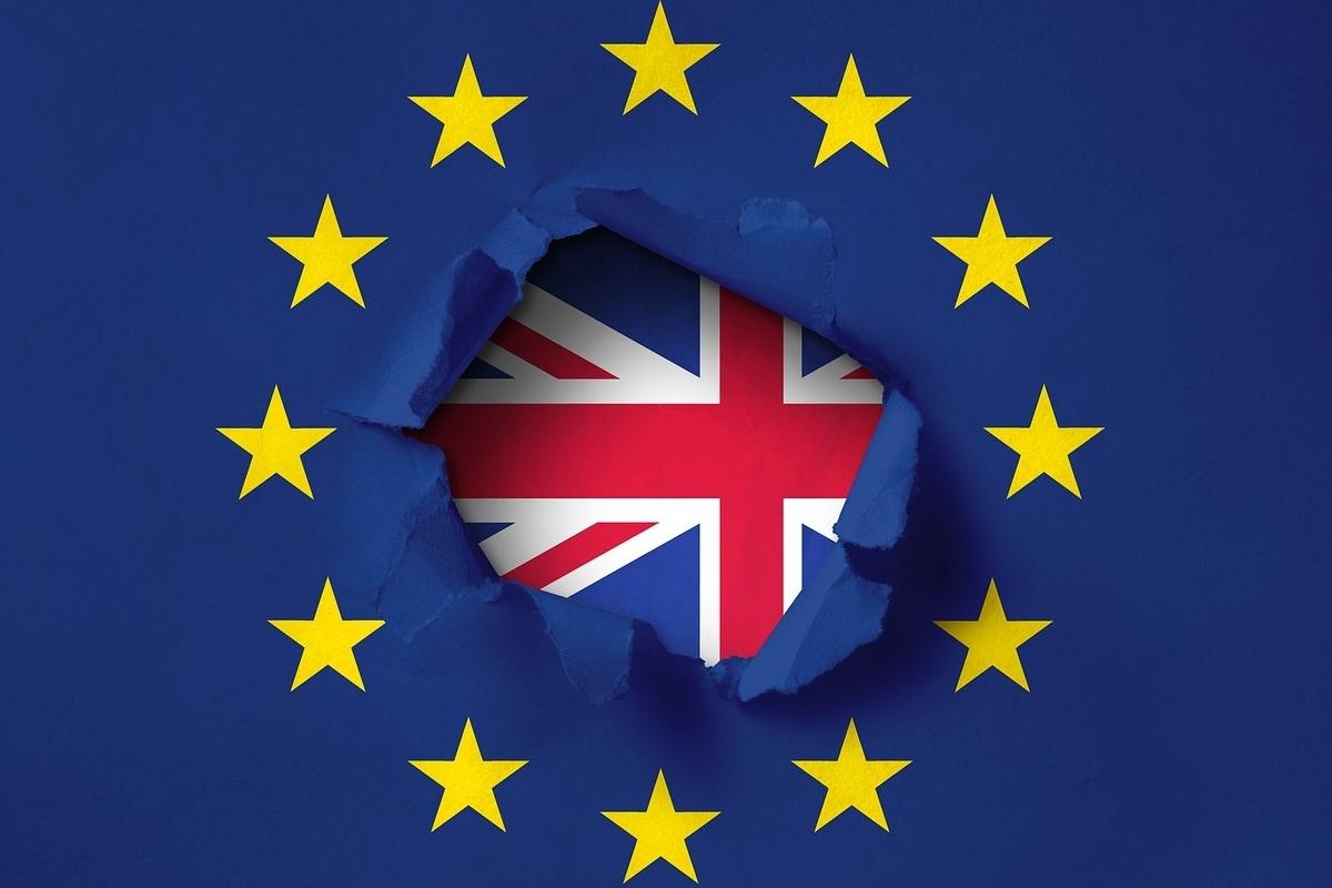 Flags Brexit